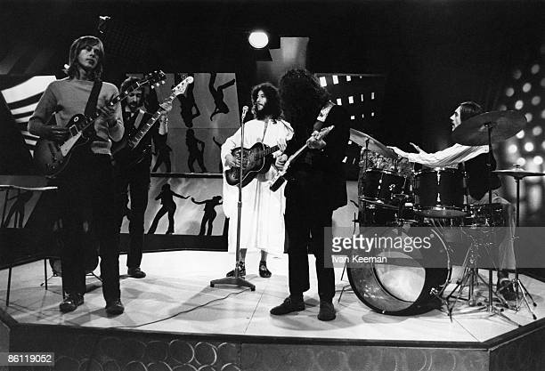 CENTRE Photo of Peter GREEN and FLEETWOOD MAC LR Danny Kirwan John McVie Peter Green Jeremy Spencer Mick Fleetwood performing on TV Show