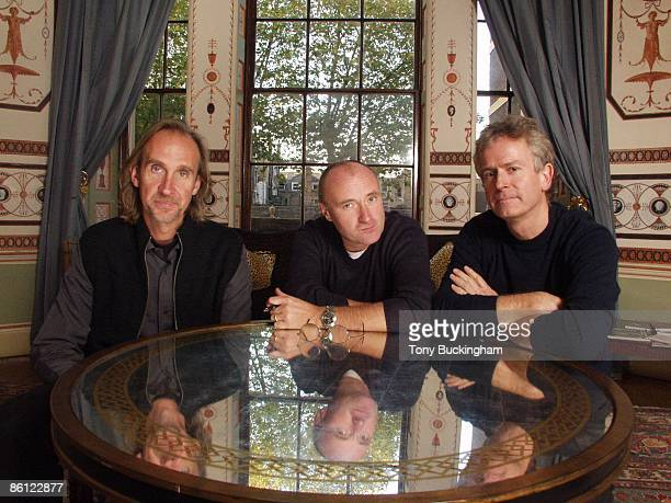 Photo of Phil COLLINS and GENESIS and Mike RUTHERFORD and Tony BANKS LR Mike Rutherford Phil Collins Tony Banks posed group shot