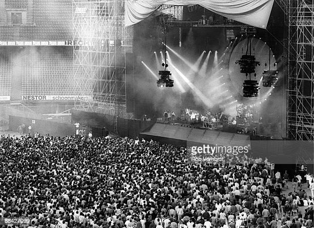 Photo of PINK FLOYD, Pink Floyd, Kuip, Rotterdam,
