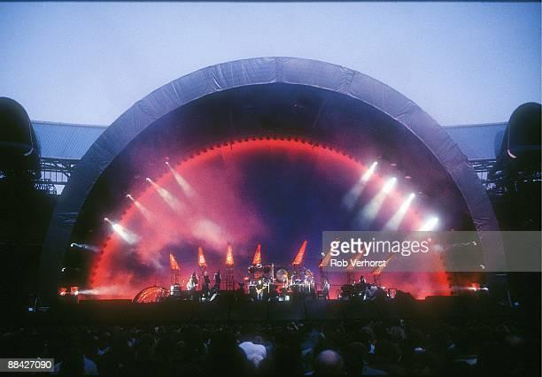 Photo of PINK FLOYD, Pink Floyd, Kuip, Rotterdam, 3-09-1994