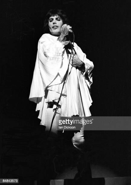 Photo of QUEEN and Freddie MERCURY Freddie Mercury performing live on stage