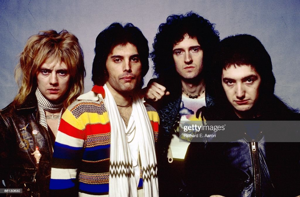 COLISEUM Photo of QUEEN and Roger TAYLOR and Freddie MERCURY and Brian MAY and John DEACON, Posed studio group portrait L-R Roger Taylor, Freddie Mercury, Brian May and John Deacon