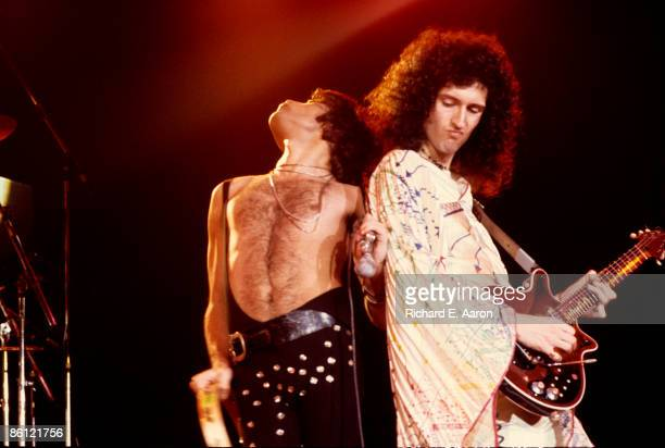 GARDEN Photo of QUEEN Freddie Mercury Brian May performing on stage