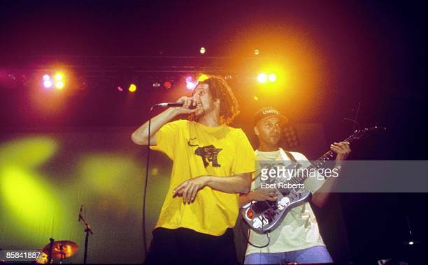 UNSPECIFIED CIRCA 2000 Photo of RAGE AGAINST THE MACHINE