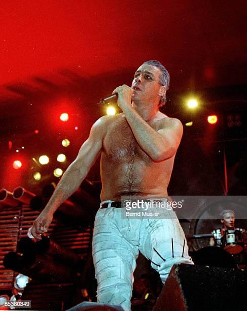FESTIVAL Photo of RAMMSTEIN Roskilde MusikFestival 1998 Rammstein live in Concert in actioHochformat