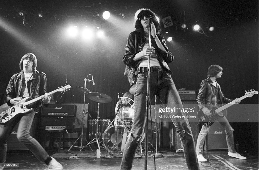 Photo of Ramones : ニュース写真