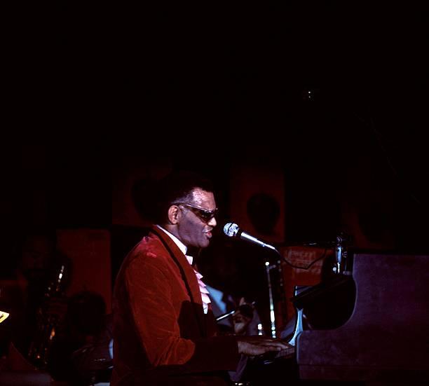 Photo of Ray CHARLES