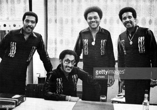 Photo of Renaldo BENSON and Abdul FAKIR and FOUR TOPS and Lawrence PAYTON and Levi STUBBS Posed group portrait L R Levi Stubbs Abdul 'Duke' Fakir...