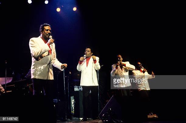 Photo of Renaldo BENSON and Abdul FAKIR and FOUR TOPS and Lawrence PAYTON and Levi STUBBS LR Levi Stubbs Renaldo Obie Benson Abdul Duke Fakir...