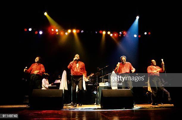 Photo of Renaldo BENSON and Abdul FAKIR and Levi STUBBS and Lawrence PAYTON and FOUR TOPS LR Renaldo Obie Benson Levi Stubbs Abdul Duke Fakir...