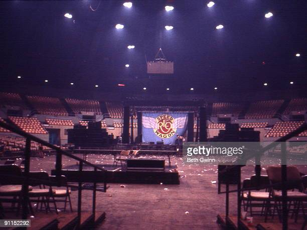 NASHVILLE Photo of Reo SPEEDWAGON An empty venue after the concert