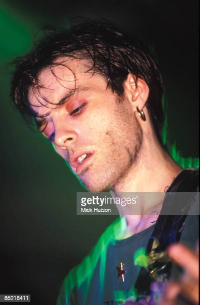 Photo of Richey EDWARDS and MANIC STREET PREACHERS Richey Edwards performing live onstage