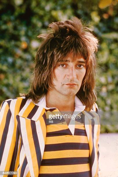 Photo of Rod STEWART posed portrait of Rod Stewart at time of 'First Cut Is The Deepest' wearing stripy top and jacket