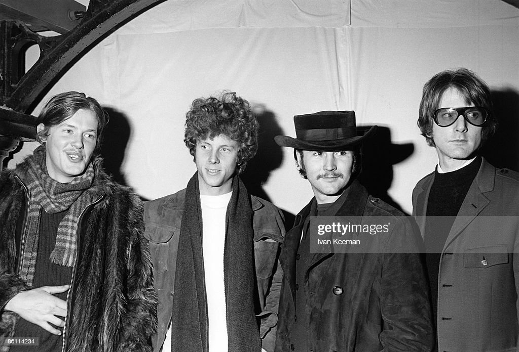 1938860e704 Photo of Roger McGUINN and David CROSBY and Michael CLARKE and BYRDS and Chris  HILLMAN