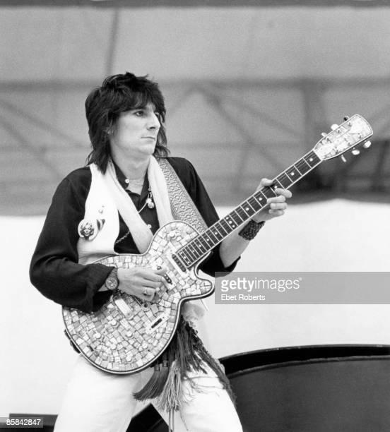 Photo of Ron WOOD and ROLLING STONES and Ronnie WOOD with Rolling Stones performing live onstage playing Zemaitis guitar