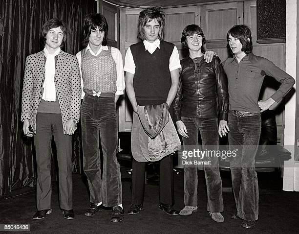 Photo of Ron WOOD and Ronnie LANE and Ronnie WOOD and FACES and Ian McLAGAN and Kenney JONES and Rod STEWART LR Kenney Jones Ron Wood Rod Stewart...