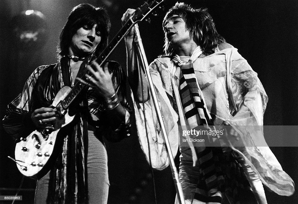 Photo of Ron WOOD and Ronnie WOOD and FACES and Rod STEWART : News Photo