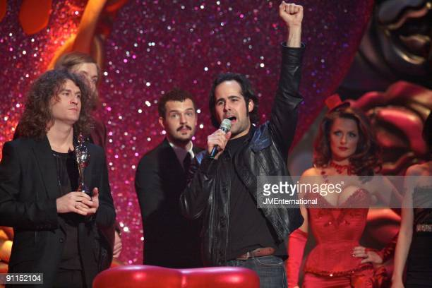 AWARDS Photo of Ronnie VANNUCCI and David KEUNING and Brandon FLOWERS and KILLERS LR David Keuning Mark Stoermer Brandon Flowers Ronnie Vannucci...