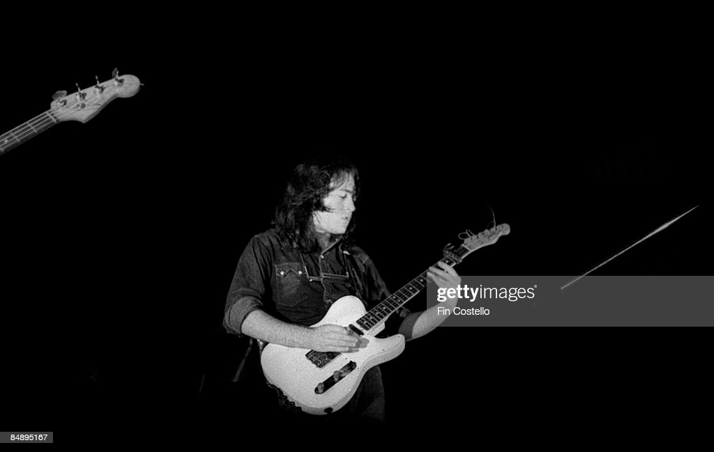 Photos en vrac - Page 7 Photo-of-rory-gallagher-picture-id84895167