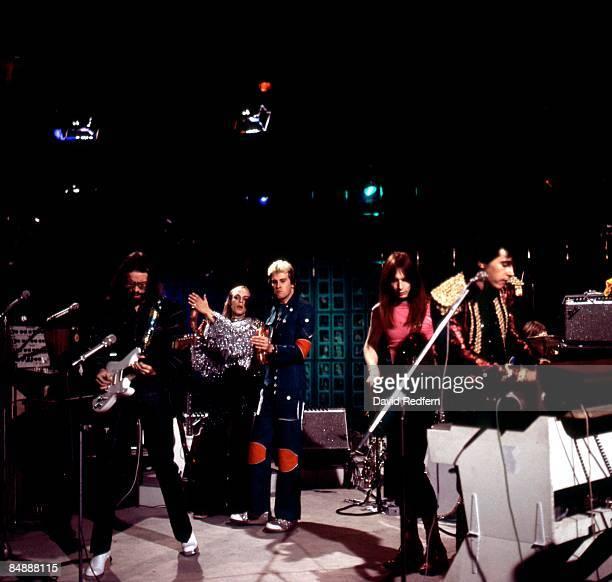 Photo of ROXY MUSIC LR Phil Manzanera Brian Eno Andy Mackay Rik Kenton Bryan Ferry performing live on BBC TV Show 'Full House'