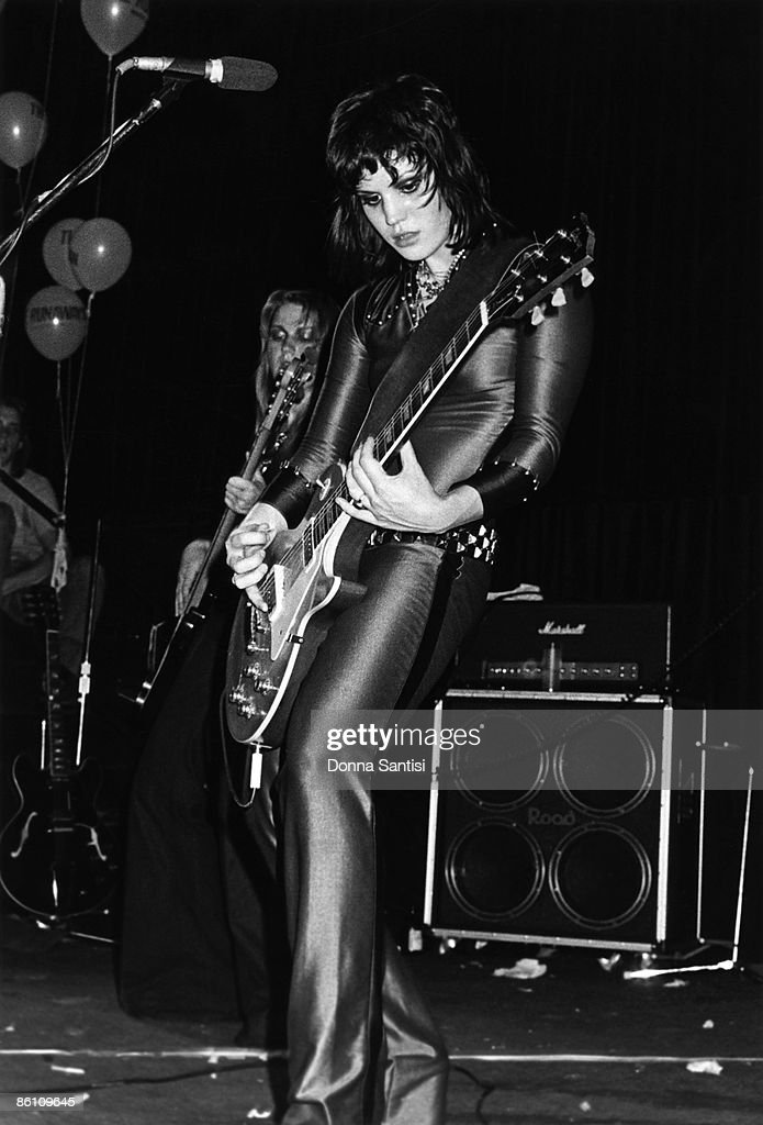 GO Photo of RUNAWAYS and Joan JETT, Joan Jett performing on stage