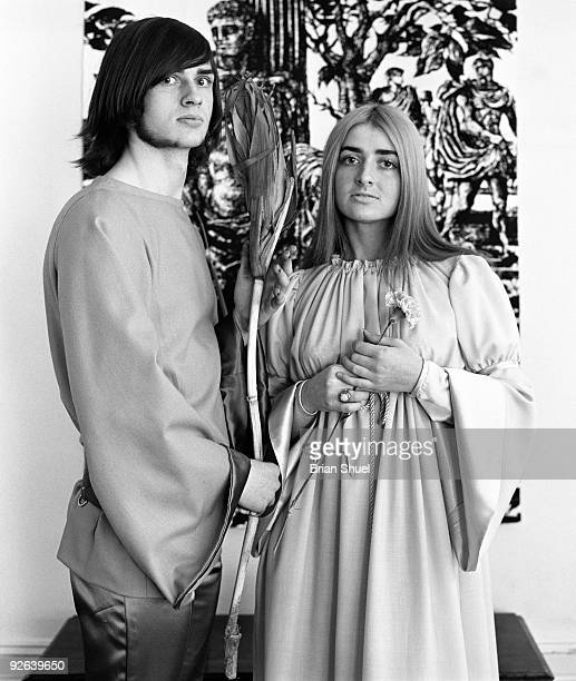 Photo of SALLYANGIE and Sally OLDFIELD and Mike OLDFIELD Portrait with sister Sally Oldfield