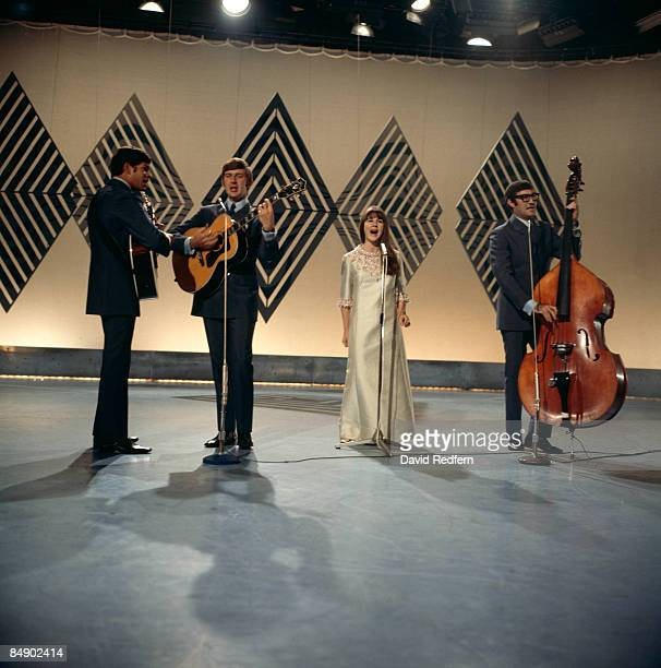Photo of SEEKERS and Keith POTGER and Bruce WOODLEY and Judith DURHAM and Athol GUY, Group performing on tv show L-R Keith Potger, Bruce Woodley,...