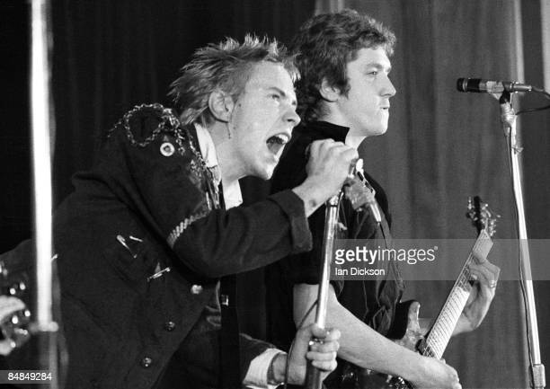 HALL Photo of SEX PISTOLS and Johnny ROTTEN and Steve JONES Johnny Rotten Steve Jones performing live onstage