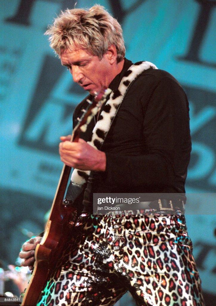 PARK Photo of SEX PISTOLS and Steve JONES, Steve Jones performing live onstage on Filthy Lucre tour