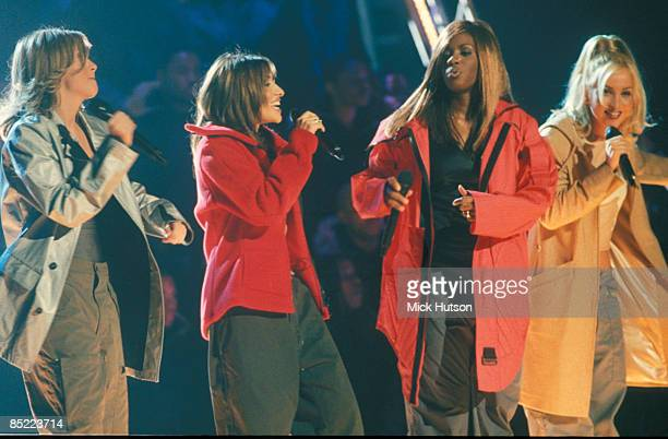 PARK Photo of Shaznay LEWIS and ALL SAINTS and Melanie BLATT and Nicole APPLETON LR Nicole Appleton Melanie Blatt Shazney Lewis Natalie Appleton