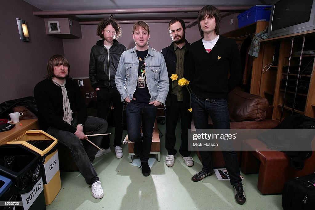 Photo of Simon RIX and Ricky WILSON and Nick HODGSON and Nick BAINES and KAISER CHIEFS and Andrew WHITE : News Photo