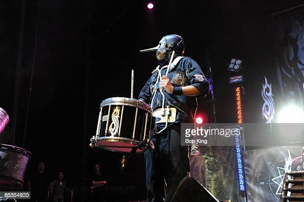 ARENA Photo of SLIPKNOT and Chris FEHN Chris Fehn performing on stage