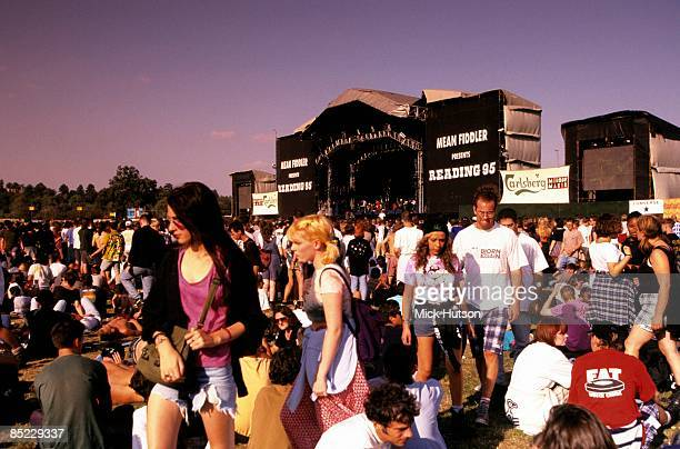 Photo of STAGE and CROWDS and FANS and FESTIVALS, crowds gathered in front of the main stage at the Reading Festival