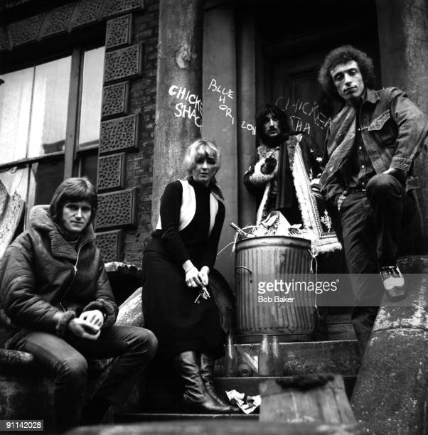 Photo of Stan WEBB and CHICKEN SHACK and Christine McVIE and Christine PERFECT LR Andy Sylvester Christine Perfect Dave Bidwell Stan Webb posed...