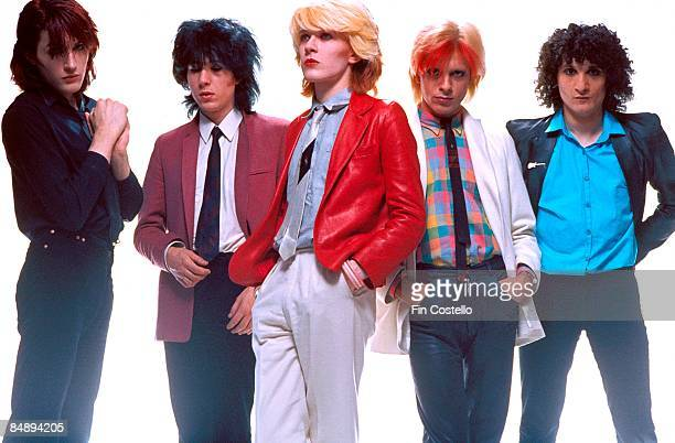 Photo of Steve JANSEN and Rob DEAN and Richard BARBIERI and Mick KARN and David SYLVIAN and JAPAN LR Steve Jansen Richard Barbieri David Sylvian Mick...