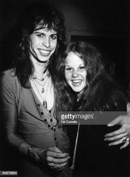 Photo of Steven TYLER and AEROSMITH and Linda BLAIR Steven Tyler posed backstage with Linda Blair