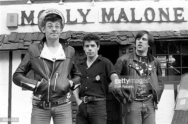 Photo of STIFF LITTLE FINGERS and Jake BURNS and Jim REILLY and Henry CLUNEY LR Jake Burns Jim Reilly and Henry Cluney outside Molly Malone bar