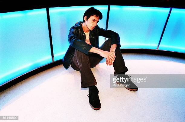 Photo of SUEDE Brett Anderson lead singer