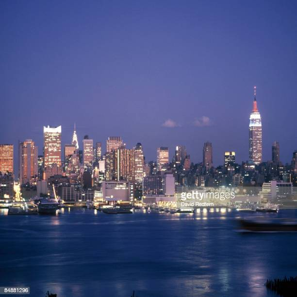 Photo of SUNSET and NEW YORK SKYLINE and NEW YORK CITY and SKYSCRAPERS