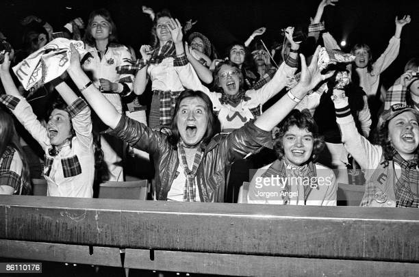 Photo of TEENAGERS and FANS and 70'S STYLE and BAY CITY ROLLERS Bay City Rollers fans