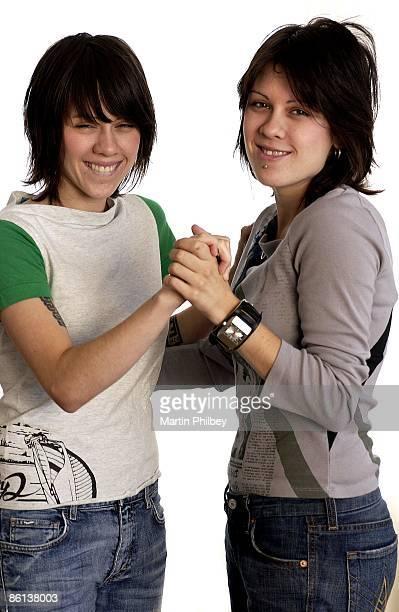 Photo of TEGAN SARA Tegan and Sara 27th August 2003 Melbourne Australia