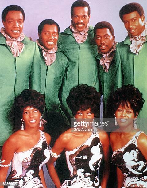 Photo of TEMPTATIONS and Cindy BIRDSONG and Dennis EDWARDS and Diana ROSS and Eddie KENDRICKS and Mary WILSON and Melvin FRANKLIN and Otis WILLIAMS...