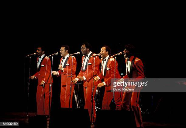 ODEON Photo of TEMPTATIONS and Richard STREET and Otis WILLIAMS and Melvin FRANKLIN and AliOllie WOODSON and Ron TYSON Group performing on stage LR...