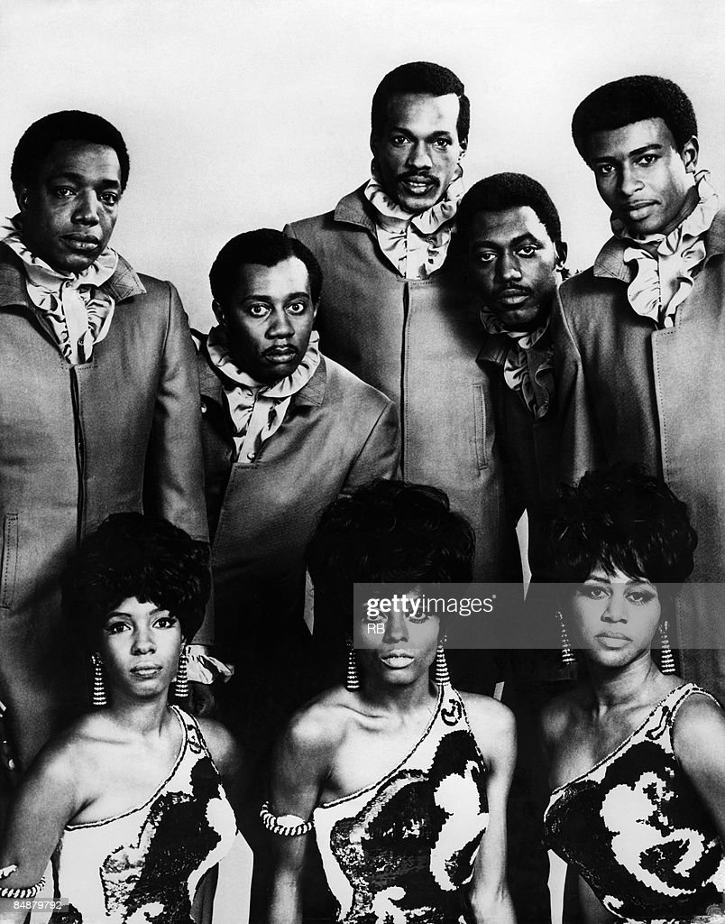 Photo of TEMPTATIONS and SUPREMES and Mary WILSON and Diana ROSS and Cindy BIRDSONG and Paul WILLIAMS and Melvin FRANKLIN and Eddie KENDRICKS and Otis WILLIAMS and Dennis EDWARDS : News Photo