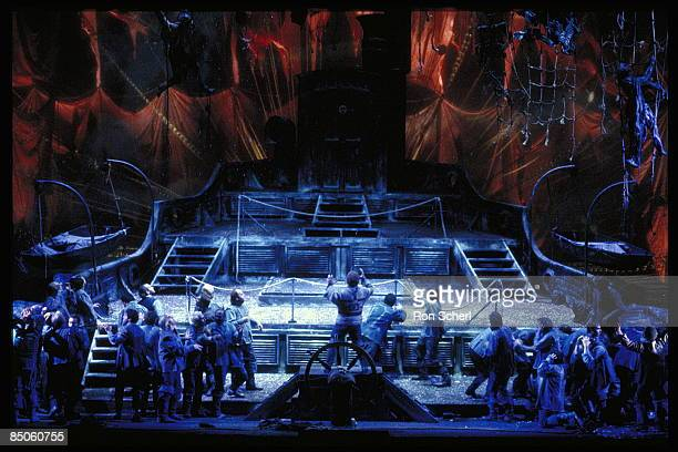 Photo of THE FLYING DUTCHMAN, Production: Jean - Pierre Ponnelle