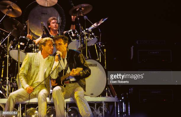 UNITED STATES OCTOBER 13 SHEA STADIUM Photo of The Who and Pete TOWNSHEND and Roger DALTREY and Kenney JONES Roger Daltrey and Pete Townshend sharing...