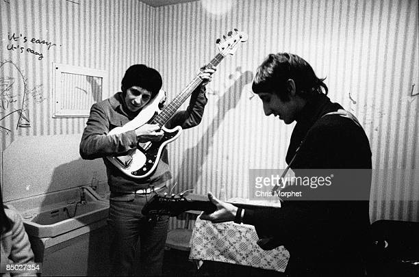 PALAIS Photo of The Who John Entwistle Pete Townshend posed backstage rehearsing gig performed without Roger