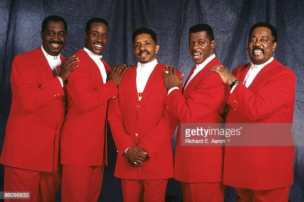 Photo of Theo PEOPLES and Ron TYSON and Otis WILLIAMS and Melvin FRANKLIN and AliOllie WOODSON and TEMPTATIONS LR Otis Williams Theo Peoples Ron...