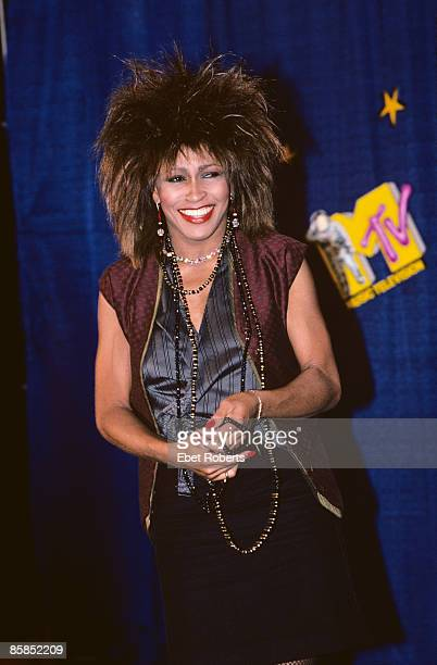 HALL Photo of Tina TURNER Tina Turner at the MTV Video Awards