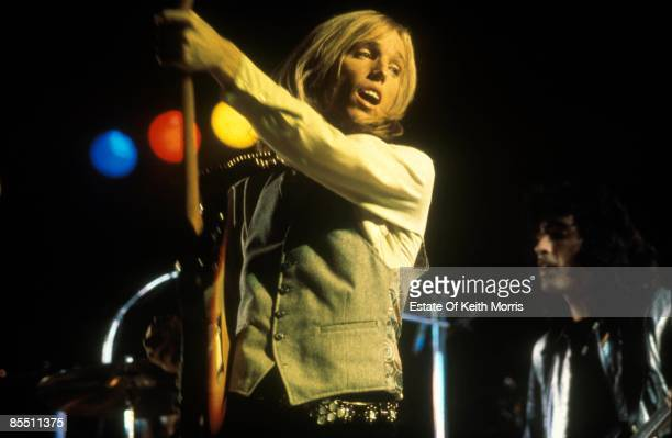 Photo of Tom PETTY performing live onstage